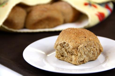 100% whole wheat rolls