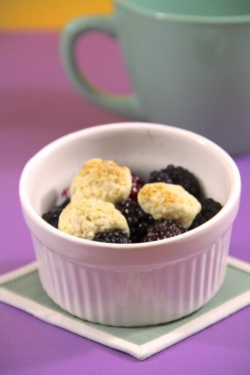 blackberry cobbler for one