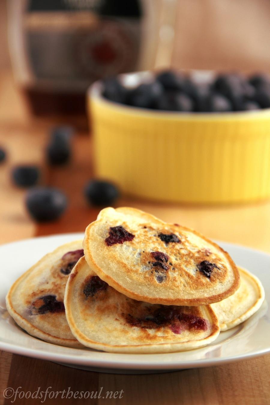 blueberry almond flat-cakes